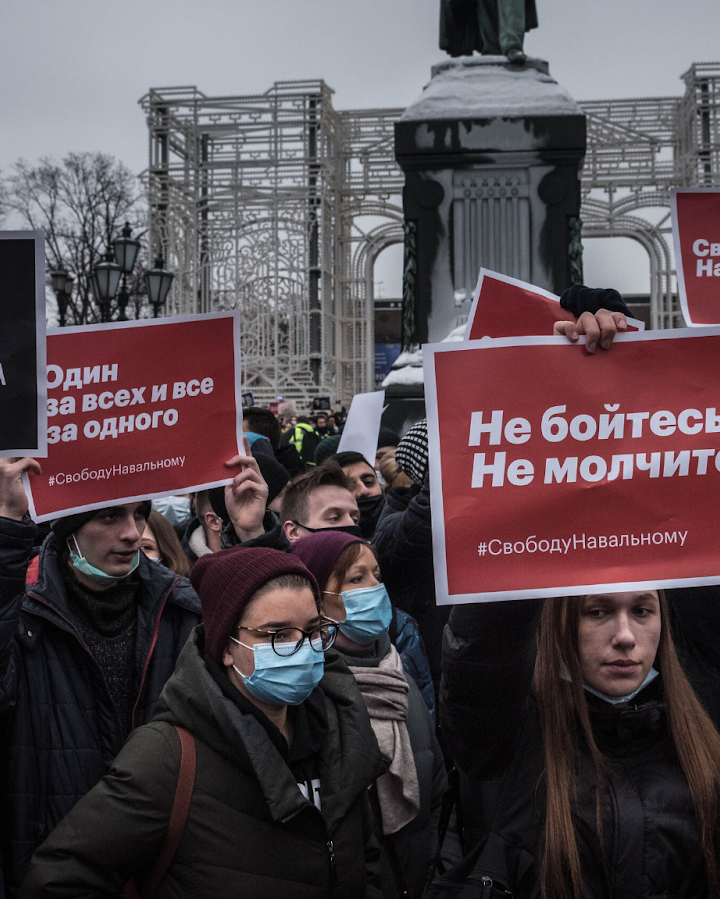 Russian repressions continue amid Alexei Navalny's hunger strike